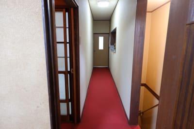 大阪 レンタルスペース ボルネオ 【和室】多目的スペースの室内の写真