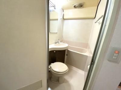 トイレ、シャワー利用可能【無料】シャンプー・リンスあり - ダンススタジオ 学生応援【格安】ダンススタジオのその他の写真
