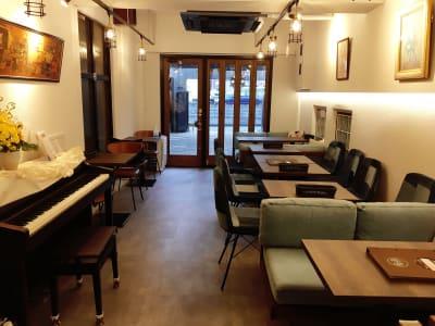 葵禅カフェ&バー 多目的スペースの室内の写真