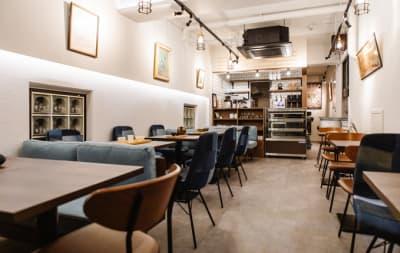 店内 - 葵禅カフェ&バー 多目的スペースの室内の写真