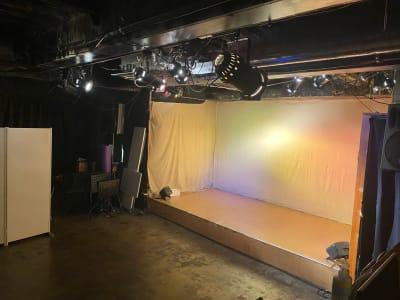 照明使用時 - 新大久保KPL イベントスペース、貸しスペースの室内の写真