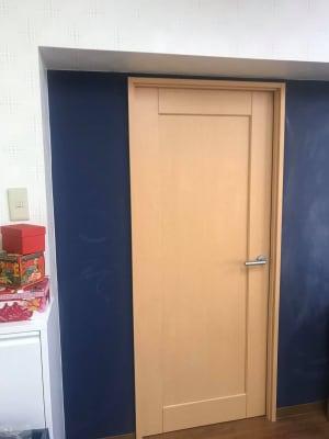 部屋入り口写真 - 勾当台ハイツ 大部屋(絵本とおもちゃ付き)の室内の写真