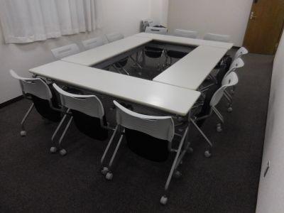 新横浜ホールB・加瀬の自習室 B会議室の室内の写真