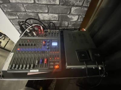 音響設備 iPhone、アンドロイドからの接続、Bluetooth接続が可能! - TCEスタジオ(1F) 時間貸しダンススタジオの設備の写真