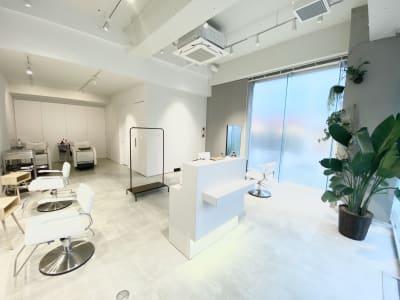 ソーシャルディスタンス型の開放感ある空間です✨ - Special ヘアサロン シェアサロン✨(面貸しプラン②)の室内の写真