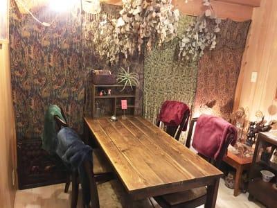 カフェ御結(おむすび) 隠れ家感ある個室で落ち着きます。の室内の写真