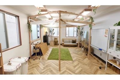 机椅子片付  Sabori 神楽坂 完全貸切、貸会議室、撮影、パーティー - Sabori 飯田橋 302 多目的レンタルスペースの室内の写真