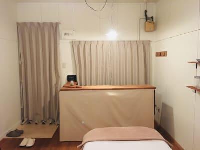 窓側より見た景色 - リラクゼーション suisai レンタルサロンの室内の写真