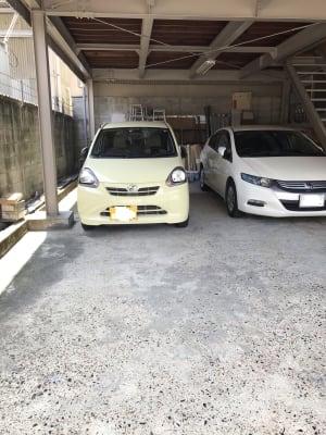一階は駐車場になってます。 4台駐車可能 - 池田ビル トモコ・バレエ・スタジオのその他の写真