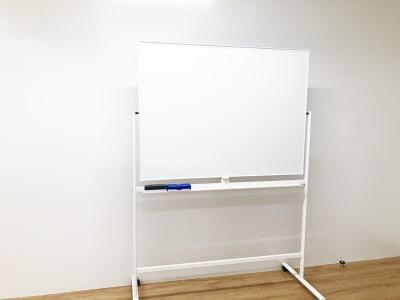 可動式ホワイトボード - min-pack pack02の設備の写真