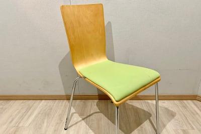 椅子 4脚 スタジオ常設 - PSQ studio 1名〜少人数用の防音スタジオの設備の写真