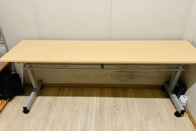 スタックテーブル 1台 スタジオ常設 - PSQ studio 1名〜少人数用の防音スタジオの設備の写真