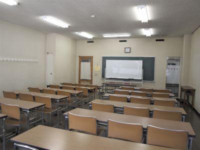 横浜YWCA会館 202号室の室内の写真