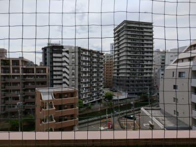 窓からの眺めです。 - ひのまるスタジオ天神 大丸前多目的レンタルスタジオの室内の写真