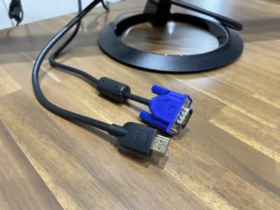 モニター接続用ケーブル(VGA/HDMI) - 渋谷ワールド宇田川ビル 1人個室 RoomB(7F)の設備の写真