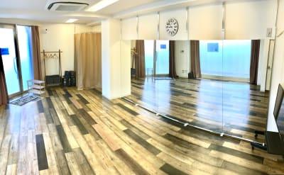レンタルスタジオ リバティ西中島 新大阪から1駅/駅から一直線の室内の写真