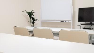 レイアウト例(教室スタイル) - SF京都四条烏丸サテライト SF京都四条烏丸ST/ANNEXの室内の写真