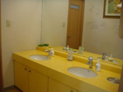 パウダールームやドライヤーも完備。 - ナカガワスタジオ レンタルスペースのその他の写真