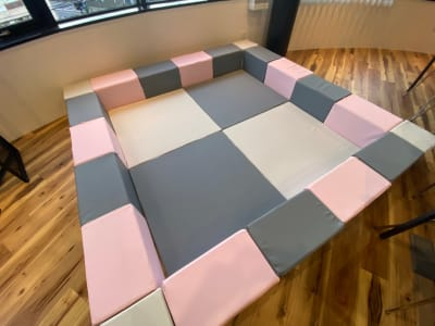 キッズコーナー ブロック&マットセット完備 - イグシビル 3F-A スペースレンタルの室内の写真