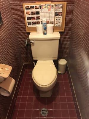 店内トイレ - アサヒバー バースペースの室内の写真