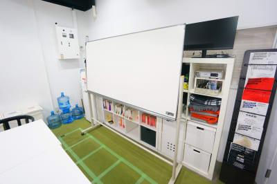 【ATワークベース】 ATワークベースの室内の写真