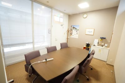 【新森古市会議室】 新森古市会議室の室内の写真
