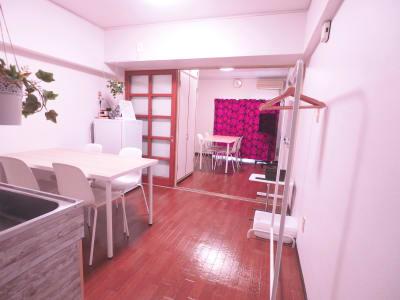 ひろびろ2部屋 - レンタルスペースあられ 貸会議室 レンタルスペースの室内の写真
