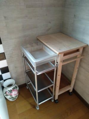 ワゴン、花瓶 - Reborn キッチンスペースCの設備の写真