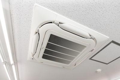 空調完備。フルシーズン快適にご利用いただけます。 - 大阪駅前第1ビル 6F 5-2 会議室の設備の写真