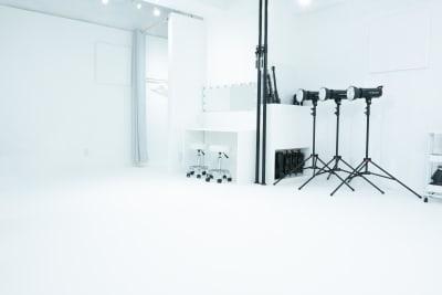 BORDERLESS レンタル撮影スタジオの室内の写真