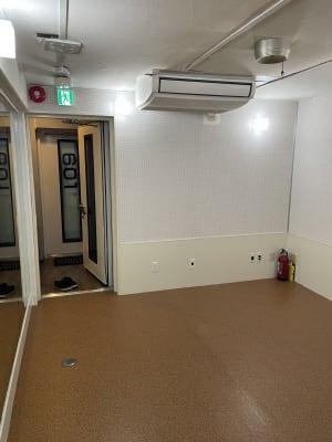 換気もできます - MIBビル 602号室 レンタルスタジオ602号室の室内の写真