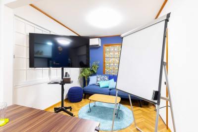 縦型のホワイトボードが利用できます - プレテコフレ朝潮橋 駅前レンタルスペースの室内の写真