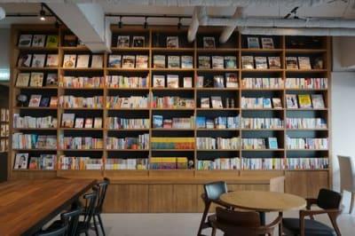 併設のセレクト書店 - スペースカンテ京都の設備の写真