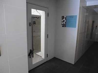 パンテサロン【無料WIFI】 防音室ピアノ【駅前1分《即決の入口の写真