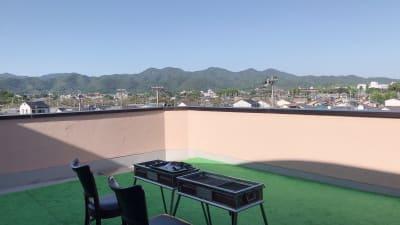 嵐山コミュニティハウス テラスでのお食事ご歓談希望者向けの室内の写真