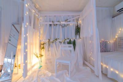 ガーデン風 - レンタルスタジオ「みぃすた」 レンタル撮影スタジオの室内の写真