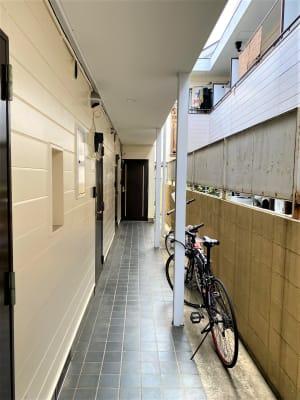 ルーチェ三軒茶屋 駅1分コワーキングスペースの入口の写真