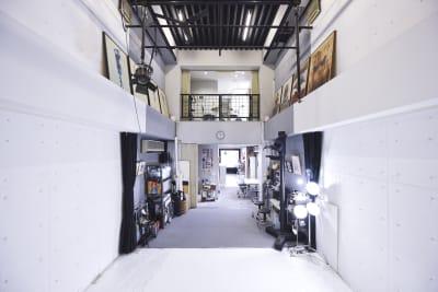 1F・2F・吹き向け - 有限会社水谷スタジオ 撮影スタジオの室内の写真