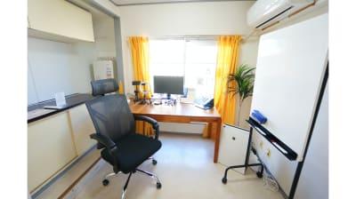 【ゴールドワークスペース】 ゴールドワークスペースの室内の写真