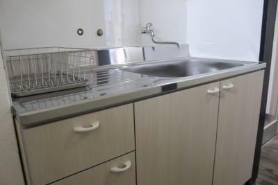 オムニバ鈴鹿 キッチン付き、個室ありスペースの設備の写真