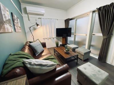 天神駅からすぐの好アクセス!お部屋にウーバーイーツ利用も可能です✨ - SMILE+グレナス天神 パーティスペースの室内の写真