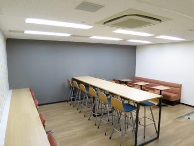 待合スペース - リファレンス大阪駅前第4ビル 2305室のその他の写真