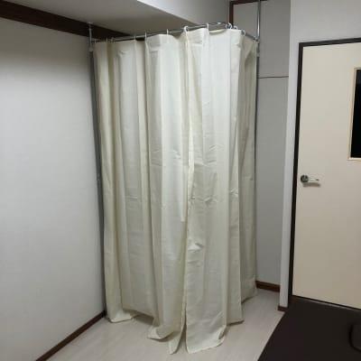 更衣室 - パーソナルサポートライオンハート レンタルサロンジムの室内の写真