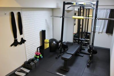 トレーニングスペース(2)の室内の写真