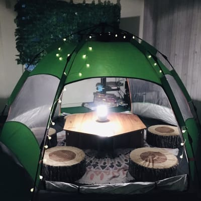 夜は幻想的に♪LEDランタンあります。 - 【キャンプルーム神戸三宮】 パーティ/会議/ボードゲームの室内の写真