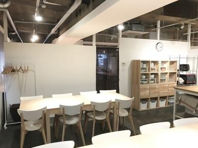 ダイニングスペースから - レンタルスペース  パズル浅草橋 レンタルキッチン スペースの室内の写真