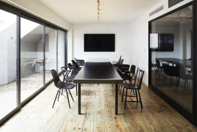 ミーティングルーム(large) - Rounge 3626 Barのあるデザイナーズラウンジの室内の写真