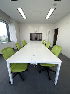Wifi完備、会議、面接、プレゼンテーション、リモートワーク等多様なビジネス目的に最適です。 - 六本木けやき坂会議室 貸し会議室②の室内の写真