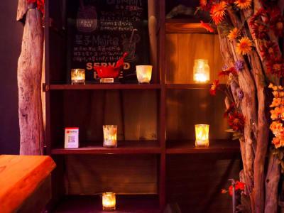 本八幡スタジオ WAKURU 1F ダイニングバーの室内の写真