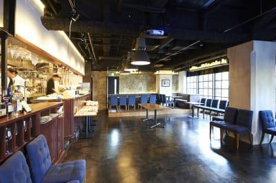 100名様収容可能 - Jam Orchestra レストラン&オープンキッチンの室内の写真